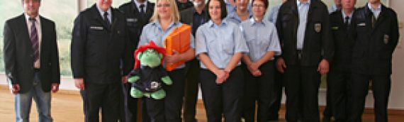 Der RFV gratuliert zur Gründung der Bambini-Feuerwehr Annweiler am 26.10.2013